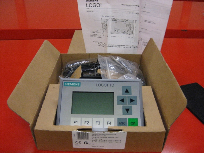 SIEMENS LOGO Text Display 6ED1 055-4MH00-0BA0