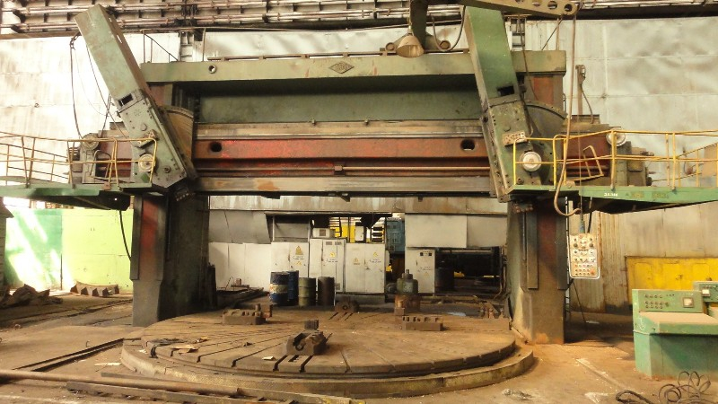Vertical Turret Lathe – Double Column KOLOMNA 1580L